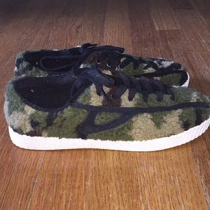 Tretorn camo sneakers